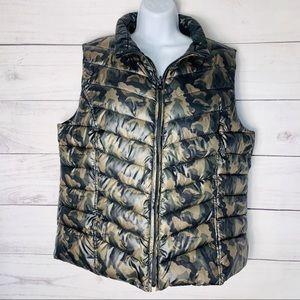 INC Reversible Packable Camo Puffer Vest